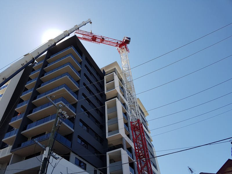 Nsw, Brisbane Self erecting crane hire
